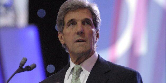John Kerry à Abou Dhabi pour parler d'un plan de paix en