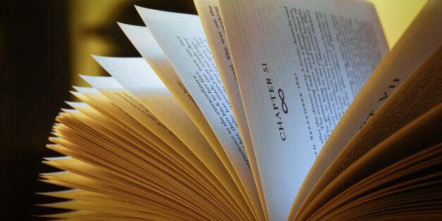 France: Les livres, une arme contre la