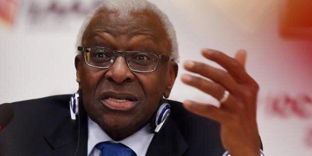 L'ancien président de l'athlétisme mondial, le Sénégalais Lamine Diack, mis en examen en