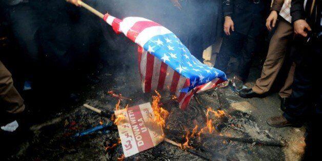 Avant une levée des sanctions, l'Iran interdit les produits de consommation