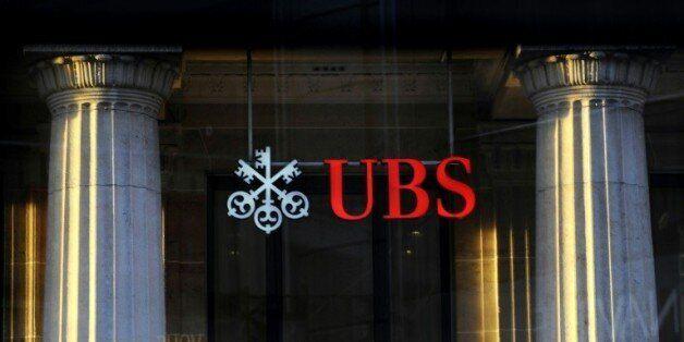 La banque UBS, numéro un de l'industrie bancaire suisse, a été interrogée dans le cadre du scandale de...