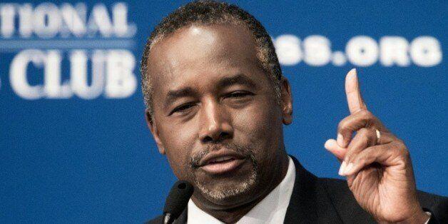 Ben Carson, candidat bien placé pour la Maison Blanche, accusé de mentir sur son