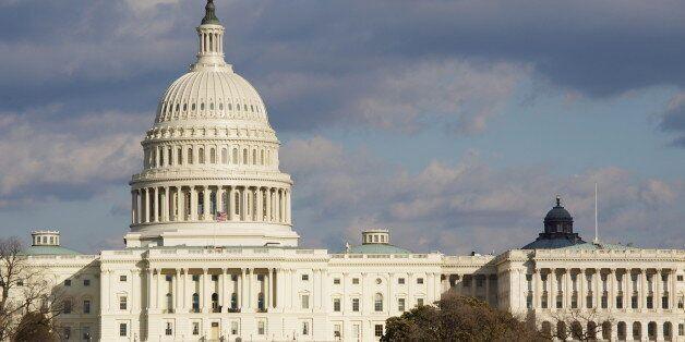 Pour éviter un défaut de paiement, le Congrès américain relève le plafond de la