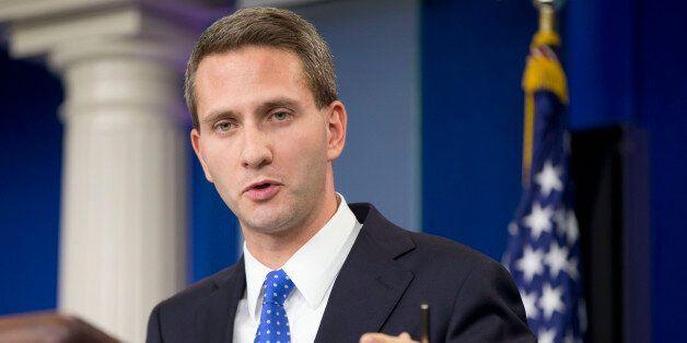 Eric Schultzn porte-parole à la Maison Blanche