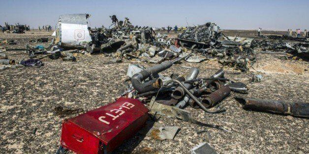 Pour Londres, une bombe pourrait être à l'origine du crash dans le
