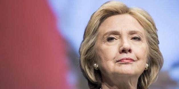 Hillary Clinton survit à 11 heures d'audition sur l'affaire