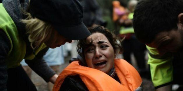 Réfugiés: une femme et un enfant périssent dans un nouveau naufrage en