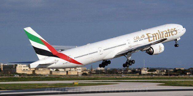 Emirats met en service son Boeing 777-300 pour assurer la ligne