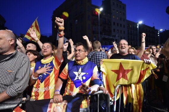 Elections en Catalogne: les indépendantistes remportent la majorité absolue des