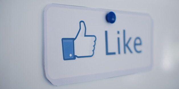 Facebook teste une nouvelle version de son bouton