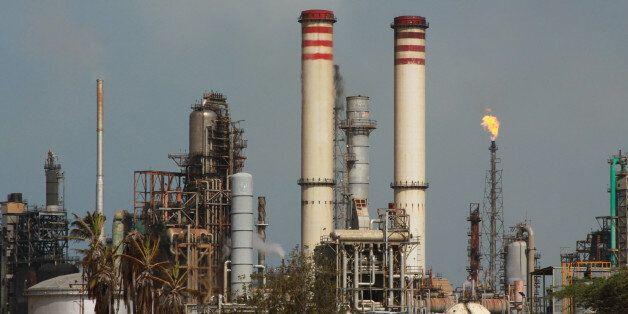 La raffinerie d'Amuay dans la péninsule de Paraguaná au