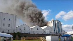 Immense incendie dans la plus grande mosquée de