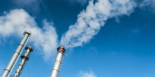 Dix poids lourds du pétrole et du gaz s'engagent à plus d'efforts pour le