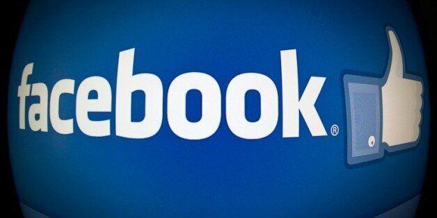Achats en ligne sur smartphones: Facebook renforce son