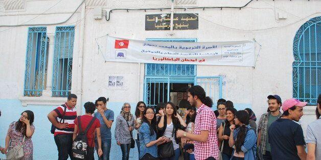 Les instituteurs réclament une amélioration de leurs conditions de travail et entament une grève de deux