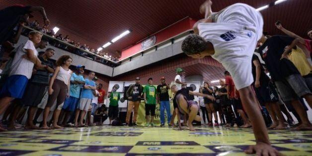Brésil: le métro de Rio au rythme du funk des