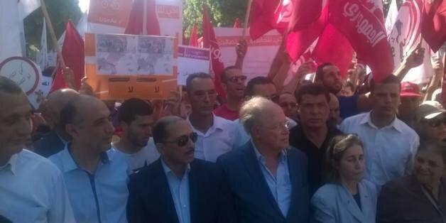Les Twittos tunisiens réagissent à la marche contre le projet de loi sur la réconciliation