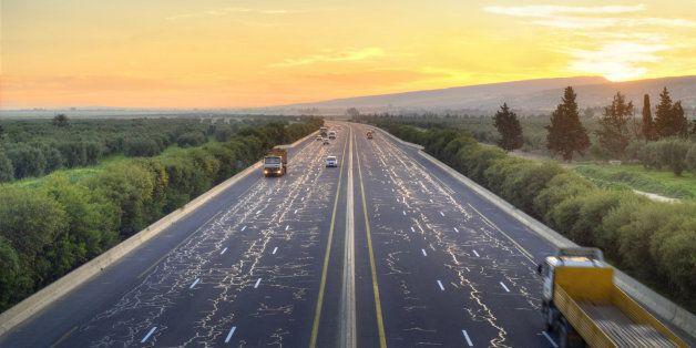 La totalité de l'autoroute Est-ouest achevée fin octobre