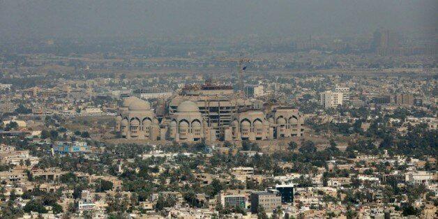 Photographie de la ville de Badad et de la mosquée d'al Rahman, le 9 décembre