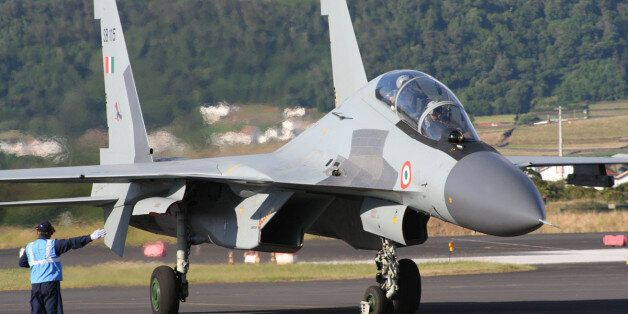 Les forces aériennes algériennes commandent 14 avions de combat Sukhoï Su-30MKI à la
