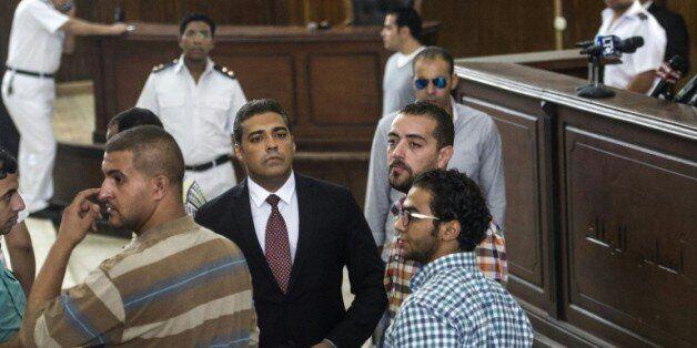 Egypte: Sissi gracie les deux journalistes d'Al-Jazeera