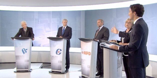 Le débat sur le niqab divise le Canada avant les