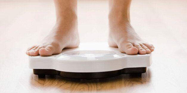 Obésité ou surpoids pourraient accélérer la survenue d'Alzheimer, selon une