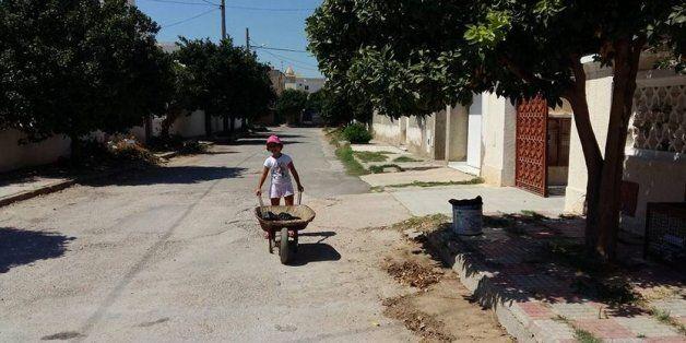 à Nabeul, les enfants ont aussi nettoyé les rues