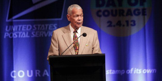 Julian Bond, grande figure noire des droits civiques aux États-Unis, meurt à 75