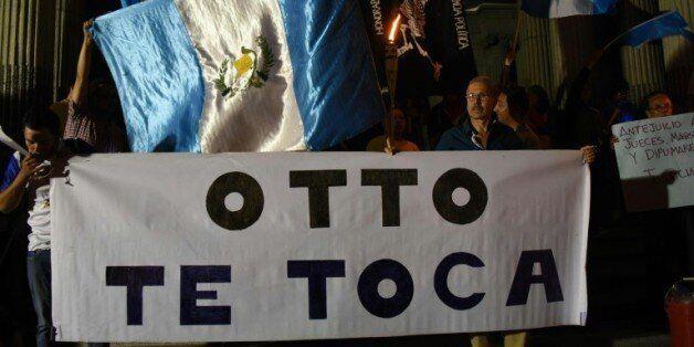 Des manifestants demandent la démission du président du Guatemala Otto Pérez, le 21 août 2015 à