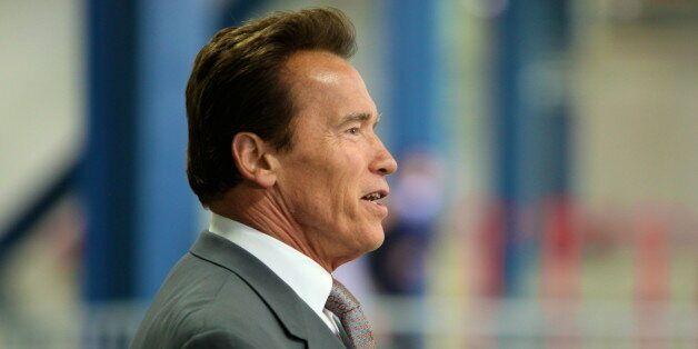 Arnold Schwarzenneger soutient la candidature d'Oran pour accueillir les jeux