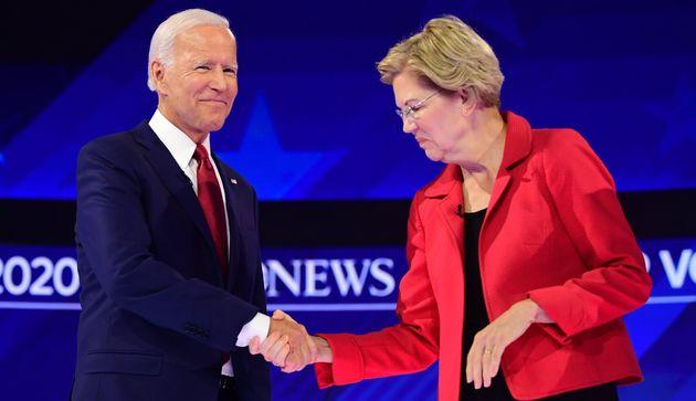 Joe Biden et Elizabeth Warren avant le troisième débat de la primaire démocrate le 12 septembre à Houston,...