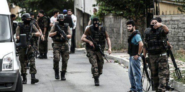 Turquie: l'extrême-gauche revendique l'attaque du consulat