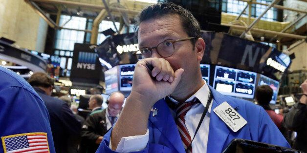 Un trader à la bourse de New York attentif à l'évolution des cours pétrolier. (AP Photo/Richard