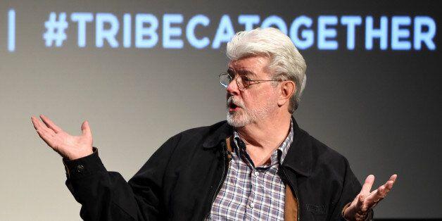Star Wars: Jar Jar Binks a été inspiré du chien de Mickey, Dingo, révèle George