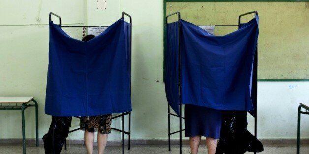 Référendum en Grèce: le non aux créanciers semble