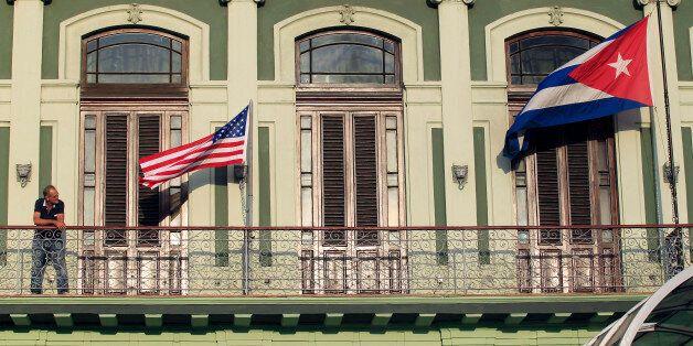 Etats-Unis/Cuba: Obama annonce le rétablissement des relations diplomatiques entre les deux