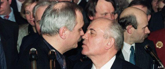 Comment bien embrasser: Dans le Grand Nord, en France, en Russie ou Japon, suivez le