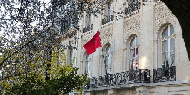 Un rassemblement organisé devant l'ambassade du Maroc à Paris en soutient aux deux jeunes marocaines...