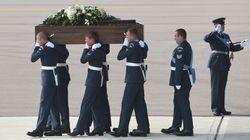 Le Royaume-Uni s'immobilise pour les 30 Britanniques tués en