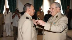 Gaïd Salah et Mohamed Mediène,décorés de la médaille de bravoure: Ben Ali et Boustila élevés au grade de général de corps