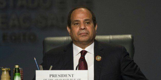 Egypte: visite surprise du président Sissi dans le nord du