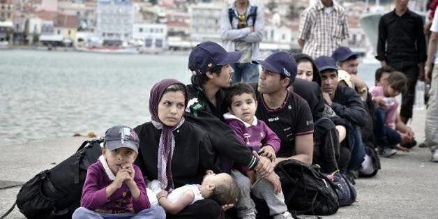 Migrants: record de 137.000 personnes en Méditerranée depuis début