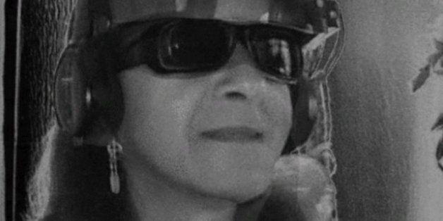 Ces 11 GIFs crées par l'artiste aveugle George Redhawk vont vous