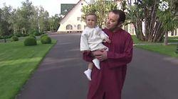 Mohammed VI joue avec le prince héritier