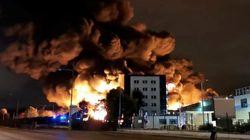 Περιορίστηκε η πυρκαγιά σε χημικό εργοστάσιο στη Ρουέν της