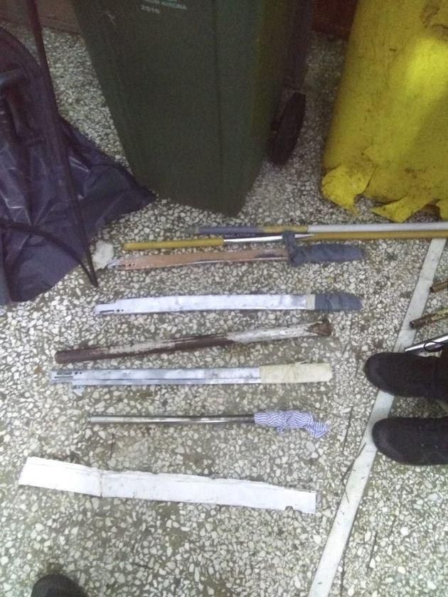 Έφοδοι σε κελιά στις φυλακές Αυλώνα - Βρήκαν ναρκωτικά, μαχαίρια,