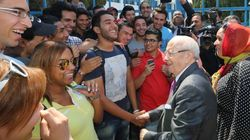 Béji Caid Essebsi rend visite à des lycéens: