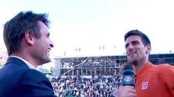 Djokovic chambre Santoro lors de l'interview sur le