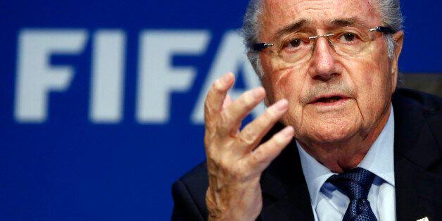 Sepp Blatter démissionne de son poste de président de la